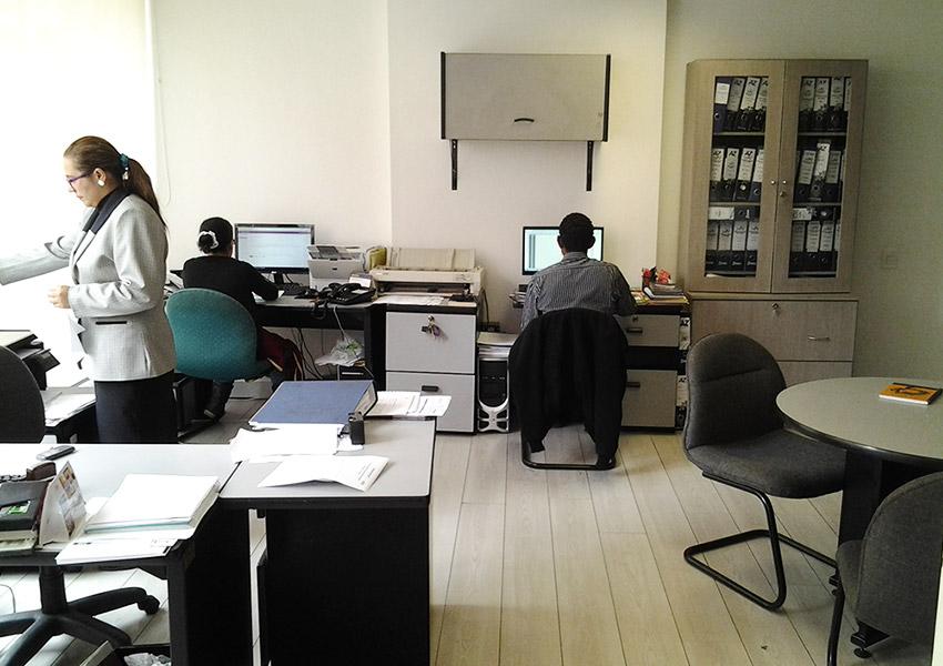 Oficina tierra firme calle 116 bogot arrienda espacios - 4 opciones para restaurar muebles de madera ...