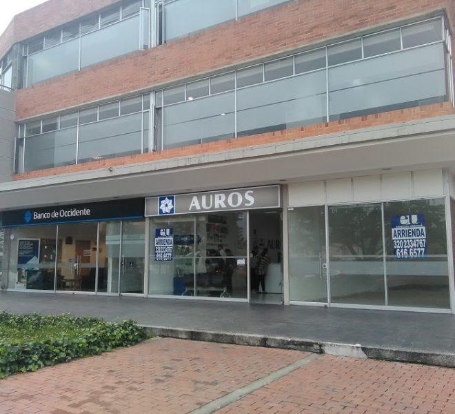 Local exterior arriendo Bogota vitrina-1