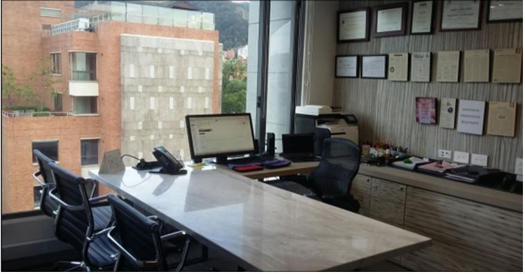 Oficina amoblada en venta y arriendo en virrey bogota for Espacios de oficina